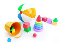 Toysalfabetkuben, strand klumpa ihop sig, pyramiden Arkivfoto