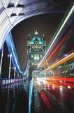 Tráfego da noite em Londres Foto de Stock Royalty Free