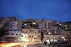 Tráfego da noite em Tripoli imagem de stock