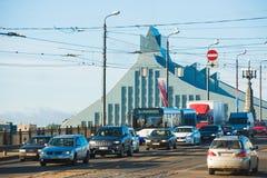 Tráfego de carro em Riga Imagens de Stock