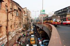 Tráfego do transporte da cidade em dois níveis de estrada Imagens de Stock Royalty Free