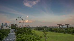 Tráfego em Singapura e no relâmpago de nivelamento Lapso de tempo video estoque