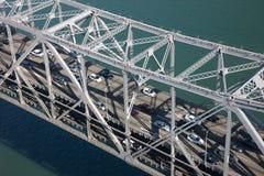 Tráfego na ponte do louro Fotografia de Stock Royalty Free