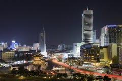 Tráfego na porta de Dongdaemun em Coreia do Sul Imagens de Stock Royalty Free