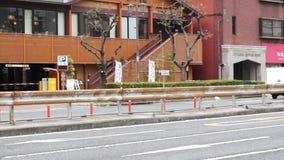 Tráfego na rua geral em Osaka Japan filme