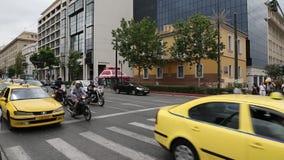 Tráfego rodoviário em Atenas, Grécia vídeos de arquivo