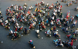 Tráfego surpreendente da cidade de Ásia nas horas de ponta Imagens de Stock Royalty Free