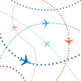Tráfico aéreo colorido de los vuelos del recorrido de los planos de la línea aérea Foto de archivo libre de regalías