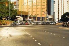Tráfico de ciudad - Buenos Aires, la Argentina Foto de archivo libre de regalías