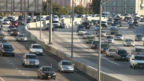 Tráfico de ciudad grande - Los Ángeles - 405 autopista sin peaje - lapso de tiempo - clip 5 metrajes