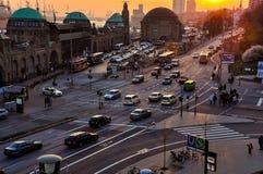 Tráfico de coche en Hamburgo, Alemania imagenes de archivo