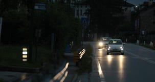Tráfico de coches irreconocibles en Italia almacen de video
