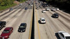 Tráfico de la autopista sin peaje de Los Ángeles - lapso de tiempo metrajes