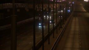 Tráfico de la calle en el vídeo de igualación metrajes