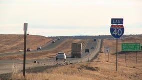 Tráfico de la carretera nacional almacen de metraje de vídeo