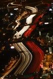 Tráfico de la hora punta - Atlanta en la noche Fotos de archivo libres de regalías