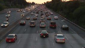 Tráfico de la hora punta en Los Ángeles - clip 4 almacen de metraje de vídeo