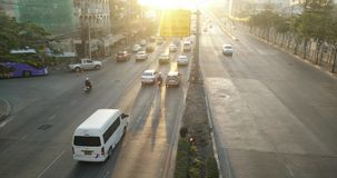 Tráfico de la mañana en Bangkok almacen de video