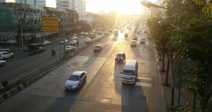 Tráfico de la mañana en Bangkok, Tailandia almacen de video