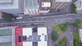 Tráfico de la mañana de Wellington City Top Down Aerial almacen de metraje de vídeo