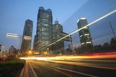 Tráfico de la noche de la carretera de Shangai Imagenes de archivo