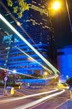 Tráfico de la noche de la ciudad Fotografía de archivo libre de regalías