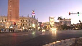 Tráfico de la noche de Las Vegas - lapso de tiempo - clips 11 de 12 almacen de video