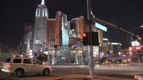 Tráfico de la noche de Las Vegas - lapso de tiempo - clips 8 de 12 almacen de video
