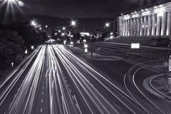 Tráfico de la noche en Buenos Aires Imagen de archivo libre de regalías