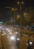 Tráfico de la noche en Saigon Foto de archivo libre de regalías