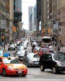 Tráfico de Toronto Imágenes de archivo libres de regalías