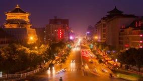 Tráfico de Xi'an en la noche, China almacen de video