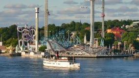 Tráfico del barco en Estocolmo central almacen de metraje de vídeo
