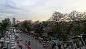 Tráfico en Bangkok y x28; Jatujak& x29; Fotografía de archivo