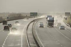 Tráfico en el A421 Inglaterra Reino Unido Imagenes de archivo