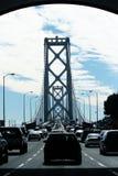 Tráfico en el puente de la bahía Imágenes de archivo libres de regalías