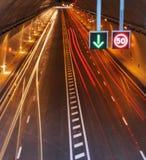Tráfico en el túnel de la carretera Imágenes de archivo libres de regalías