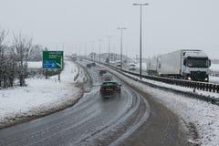 Tráfico en la autopista M1 del empalme 9 Fotografía de archivo