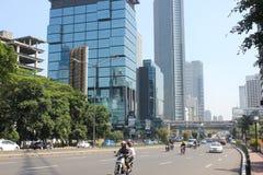 Tráfico en la carretera principal Jakarta Fotos de archivo libres de regalías