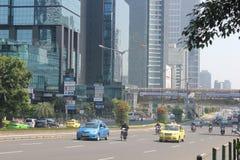 Tráfico en la carretera principal Jakarta Imagenes de archivo