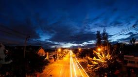 Tráfico en la puesta del sol metrajes