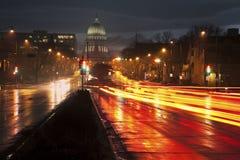 Tráfico en Madison Imagenes de archivo