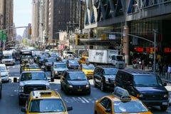 Tráfico en Manhattan Fotografía de archivo libre de regalías