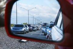 Tráfico grande en la carretera Imágenes de archivo libres de regalías