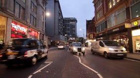 Tráfico ocupado en Londres almacen de metraje de vídeo