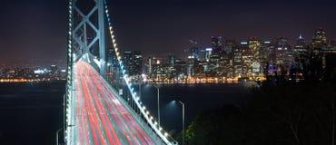 Tráfico San Francisco Transportation de la hora punta del puente de la bahía Imágenes de archivo libres de regalías