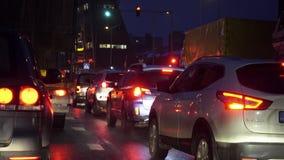 Trânsito intenso da manhã, engarrafamentos video estoque