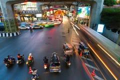 Trânsito intenso em Siam Square, Banguecoque, Tailândia Imagem de Stock