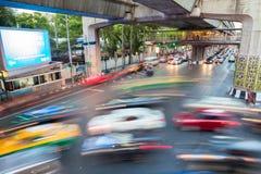 Trânsito intenso em Siam Square, Banguecoque, Tailândia Foto de Stock