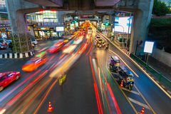 Trânsito intenso em Siam Square, Banguecoque, Tailândia Fotos de Stock Royalty Free